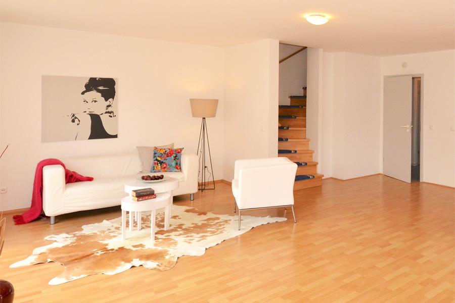 leeres reihenhaus mainhausen dekoart home staging room styling. Black Bedroom Furniture Sets. Home Design Ideas